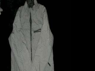 Jaket tebal bolak balik motif square