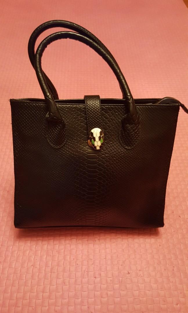 #sellmybags 黑色仿真皮女裝手袋 Black Lady Handbag
