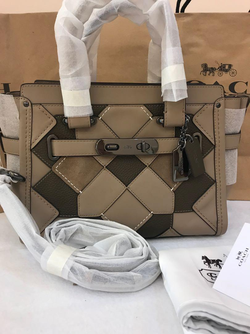 Authentic coach 27 women medium swagger with strap promotion
