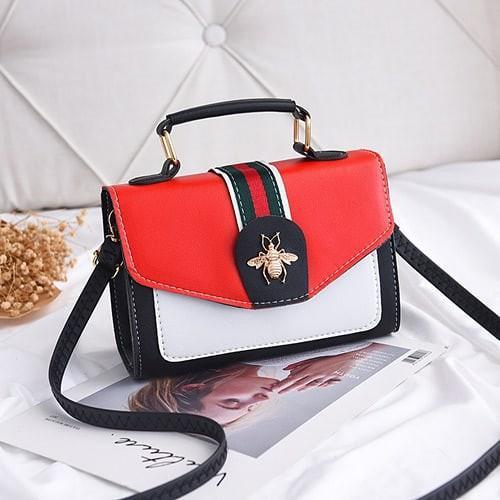 BOM8547-Tas Handbag Selempang Fashion Import Sale Rp 127.000  BOM8547 MATERIAL PU SIZE L20XH14X8CM WEIGHT 450GR