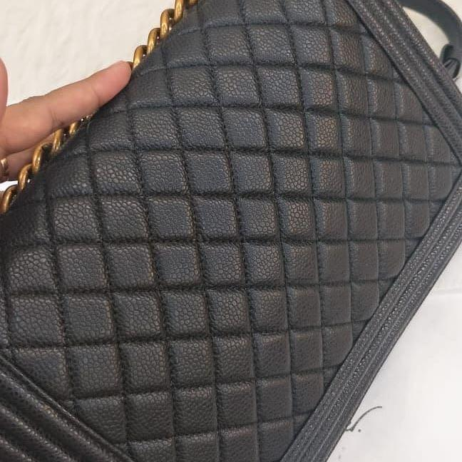 Chanel Boy ori leather Made in France  Authentic Like New cakep kokoh branded murahh