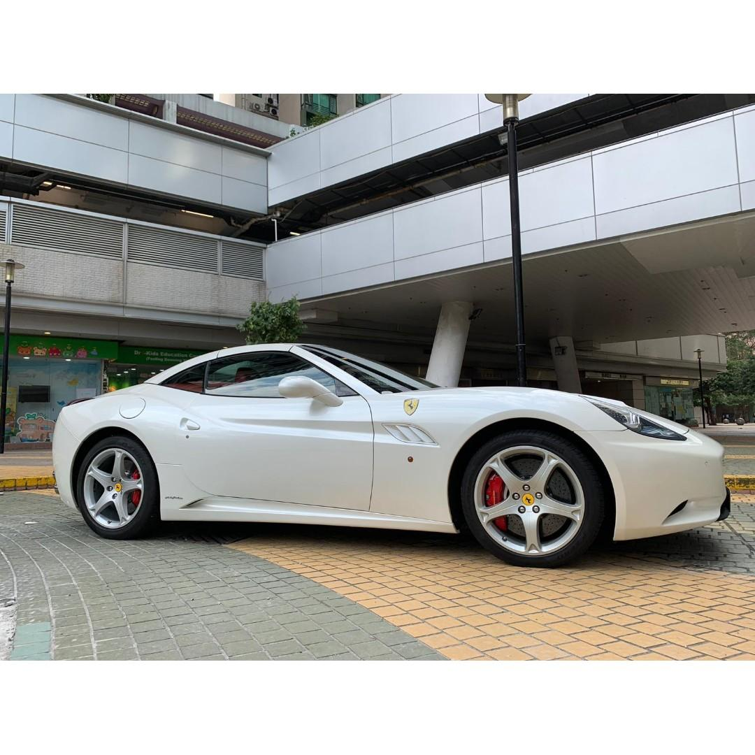 法拉利 Ferrari CALIFORNIA
