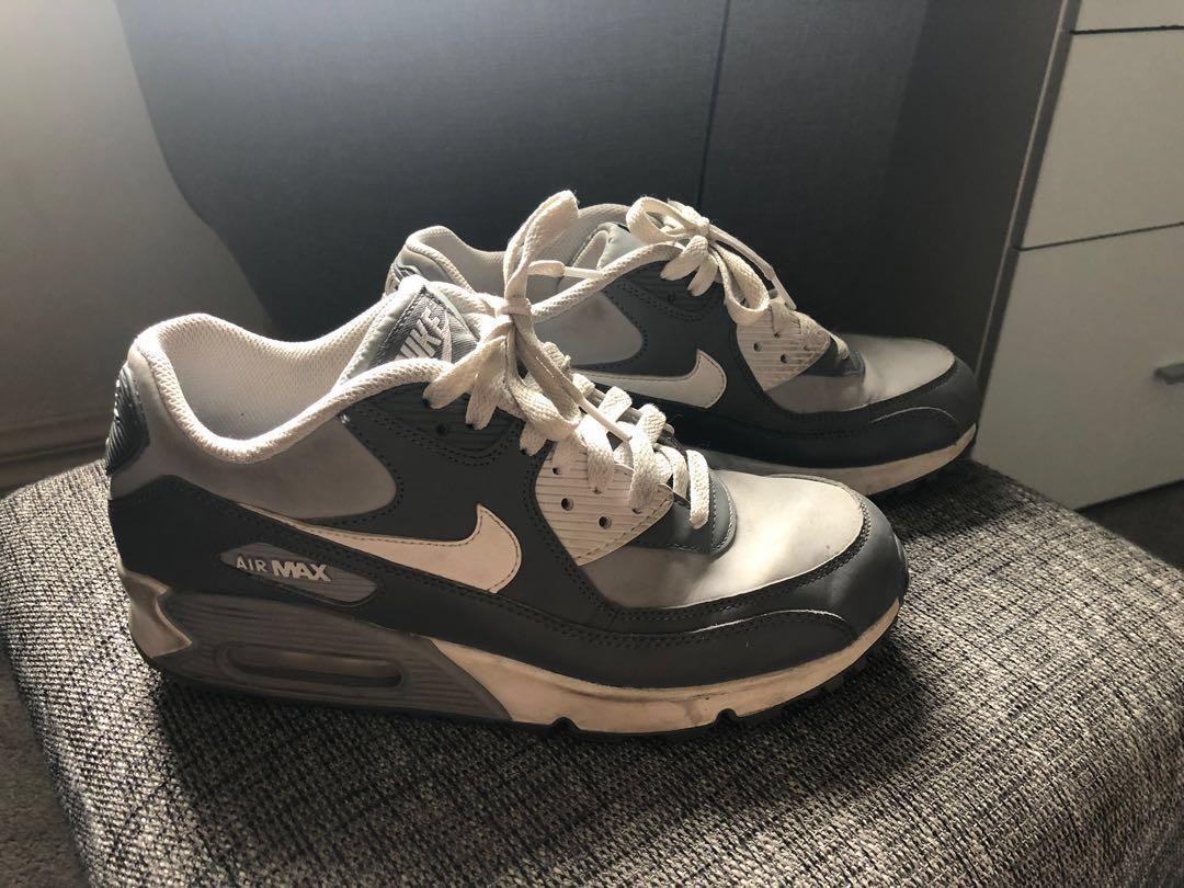 grossiste c7b50 d2b27 Grey/white Nike Air Max 90 Kids or Woman's, Women's Fashion ...
