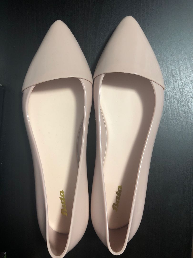 ce563c1632eda Pale Pink Nude Jelly Flats, Women's Fashion, Shoes, Flats & Sandals ...
