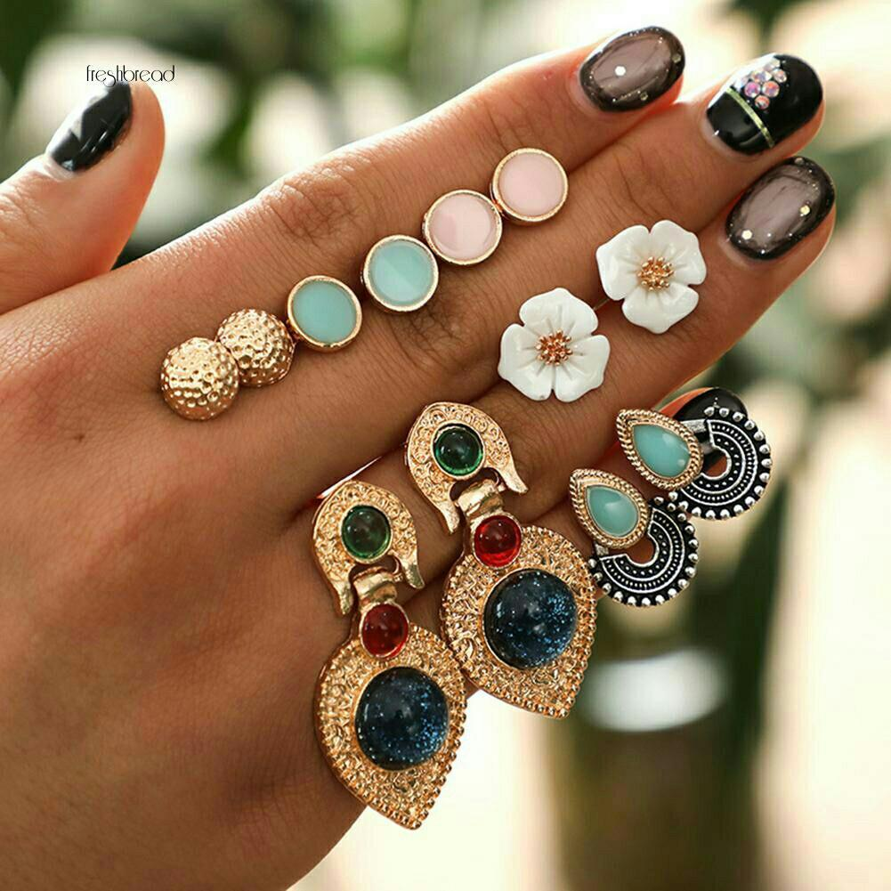 Po5 hairpin jepit anting earrings aksesoris accessories kalung gelang cincin bandana bando jepitrambut hairpin eyeliner eyeshadow mascara bag dompet tas foundation liptint lipblam lipstick  kemeja dress wedges heels sandal flatshoes sepatu  bbcream  Bross