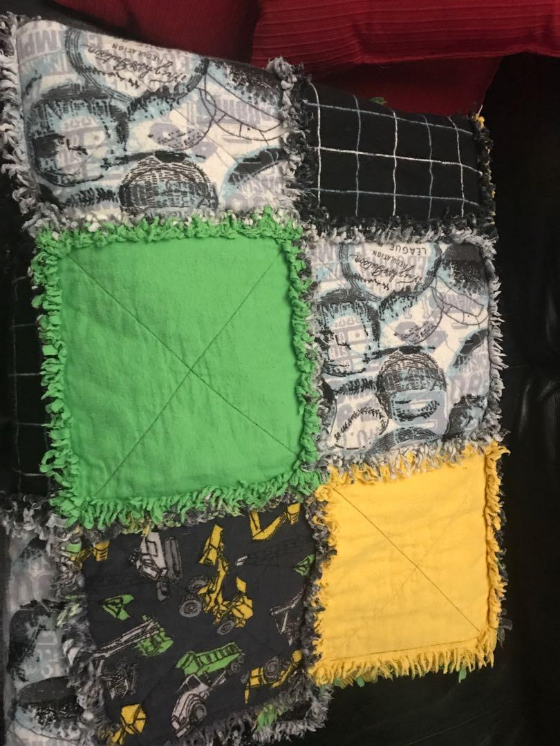 Quilt - hand made (gently used!) - Excellent condition!