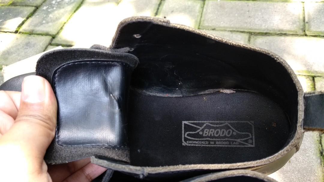 Sepatu brodo Original