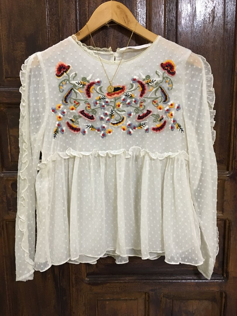 c3b121ec Zara embroidered floral dotted plumetis, Women's Fashion, Clothes, Tops on  Carousell