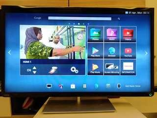 SMART TV / ANDROID TV TOSHIBA 39""