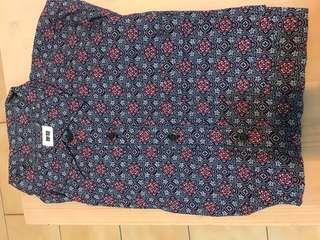 Uniqlo短袖襯衫尺寸M
