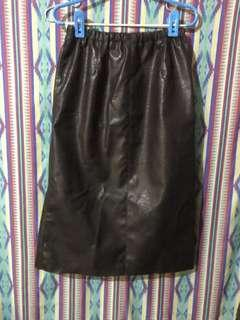 🚚 全新VII&CO 皮裙
