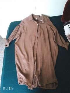 🚚 咖啡色長版襯衫外套