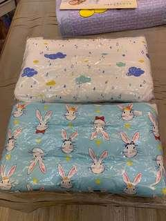 🚚 兒童水洗枕。兩款