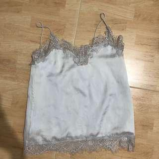 🚚 white lace silk cami