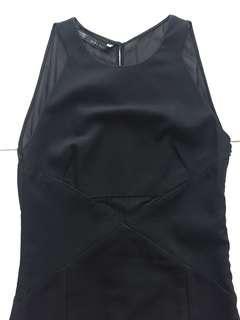 🚚 Zara black minimalist dress