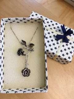 純銀玫瑰花項鍊Necklace #newbieMar19