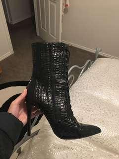 Pretty little thing boots