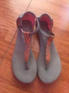 Authentic Toms Sandal