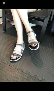 KImo德國品牌氣墊涼鞋 超時尚