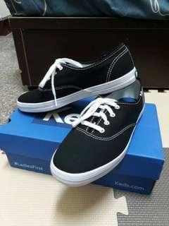 🚚 Keds 黑鞋 23cm