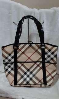 Used burberry nova check tote bag