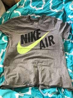 Nike top XL
