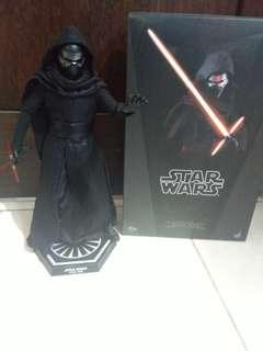 Hot Toys Kylo Ren
