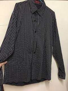 🚚 黑色線條紋長袖襯衫