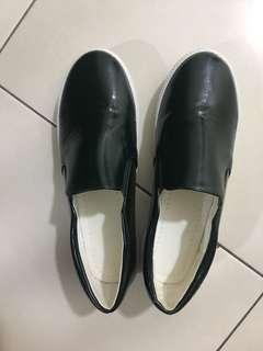 Vincci Shoes / Loafers