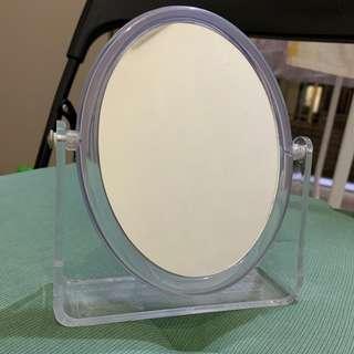 Mirror 鏡