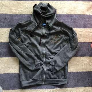 Adidas jacket size medium