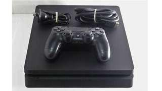 PS4 500gb black console with cables and controller