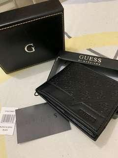 Authentic Guess b new Leather black wallet with case