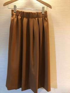 🚚 日本🇯🇵United Arrows 卡其繭型裙 全新
