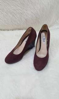 Clarks wedges new