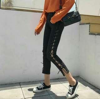 Side up lace denim pants
