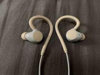 Jays m-Six Wireless Sport Earphones