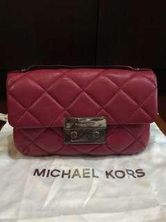 Michael kors mini bag in maroon
