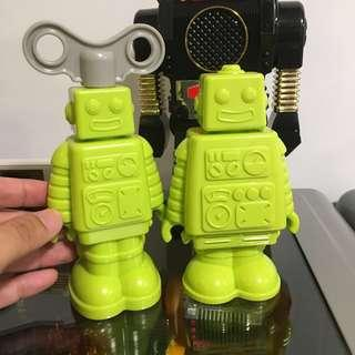 Hoobbe robot kitchenware timer and pepper grinder bright green Color pair