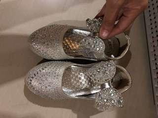 sepatu pesta blink2