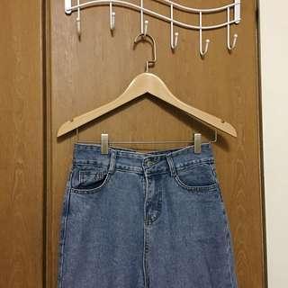 🚚 高腰牛仔寬褲(下擺抽鬚)