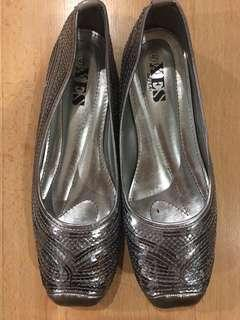 *NEW*Silver sequined flats *APR10