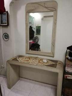 Dressing Table With Mirror