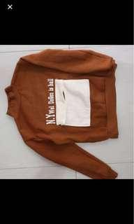Sweater coklat tebal