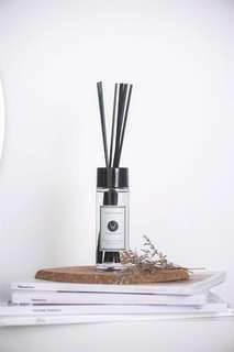 White Room Wood Sage & Sea Salt Scented Room Diffuser