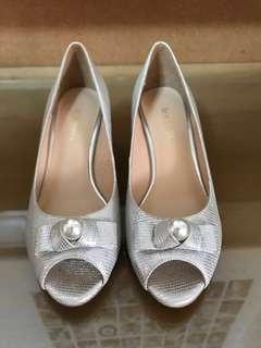 Le Saunda Silver Peep Toe Heels with Pearls