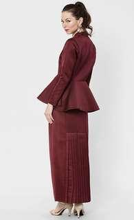Aere Rufina Straight Cut Skirt In Maroon