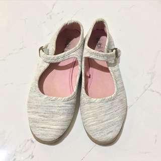 Sepatu ruby