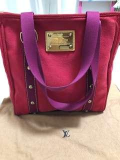 Lv bag 90% new 100% Authentic
