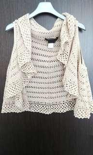 BCBG maxazria knit vest .xs/s